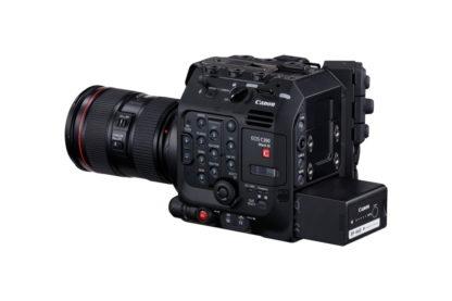 eos-c300-mark-iii-ef24-105mm-grip